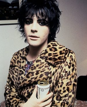 This is what Richey Edwards looked much like the night I hung out with him in April 1992. So pretty. And he smelled so nice.