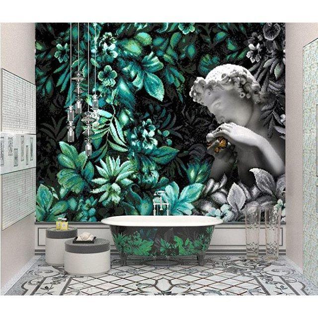 Мозаичный ковёр Rug на полу и центральная панель Pixel 1x1см. На ванной повторяется рисунок стены. Здесь мы видим пример укладки Pixel как художественной мозаики. #Sicis #мозаика #арт #тренд2015 #Cersaie2015 #плитка #керамика #BolognaFiera #bologna #вседляванной #дизайнинтерьера #дизайн #яркийдизайн #потомучтокрасиво
