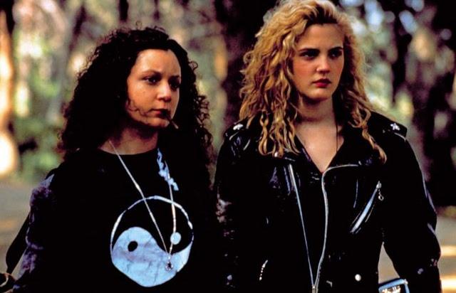 Drew Barrymore & Sara Gilbert - Poison Ivy
