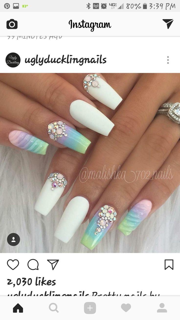 Pretty Pastel & White Nails