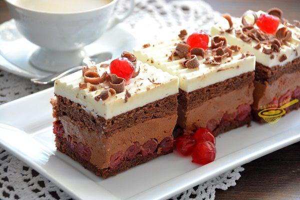 """z cukrem pudrem: ciasto """"Pawełek"""" z wiśniami"""