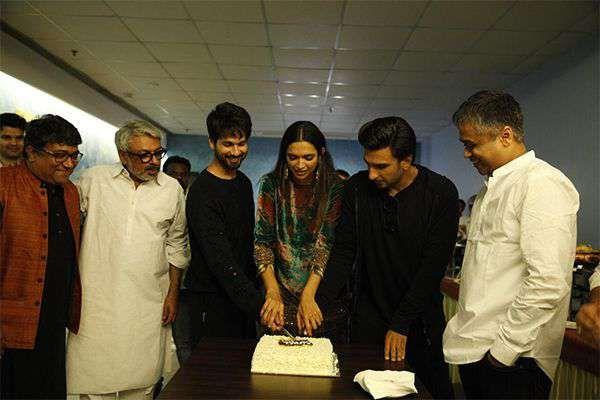 Bollywood Life:Sanjay Leela Bhansali's magnum opus Padmaavat is creating records at the box office.