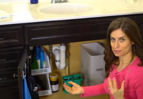 'Meest georganiseerde vrouw van Amerika' geeft tips voor een... - Gazet van Antwerpen: http://www.gva.be/cnt/dmf20160729_02403683/meest-georganiseerde-huisvrouw-van-amerika-geeft-tips-voor-een-net-huis