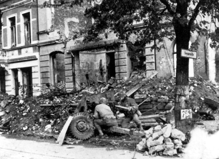 271 best WWII images on Pinterest World war two, Wwii and Soldiers - gebrauchte küche aachen