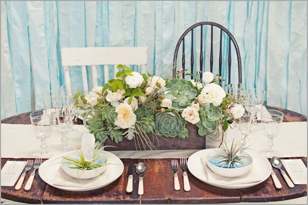 love the colors and peaceful feel of this tablescape designWedding Tables, Tables Sets, Wedding Ideas, Rustic Centerpieces, Wooden Boxes, Succulents Centerpieces, Beach Wedding, Dining Tables, Succulents Arrangements