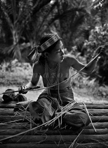Grands travaux - Sebastiao Salgado  the Mentawaii Indo