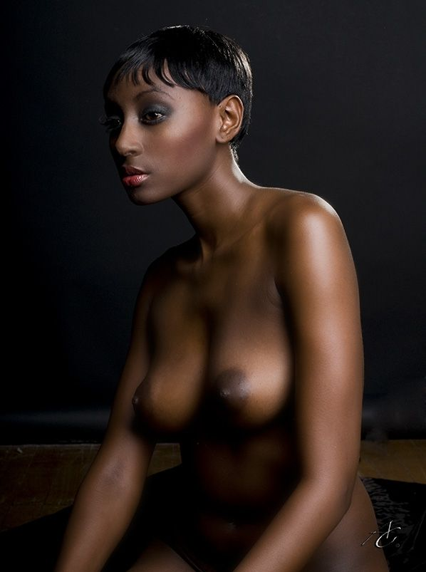 naked fine black woman