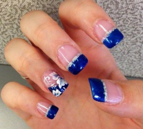 Beautiful Blue Nails, maybe for prom ?