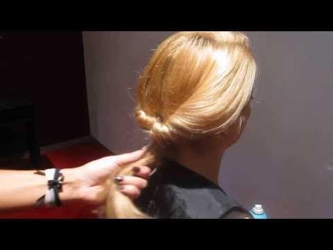 ▶ Maxima look, een vrouwelijke lage knot met stoere accenten - YouTube