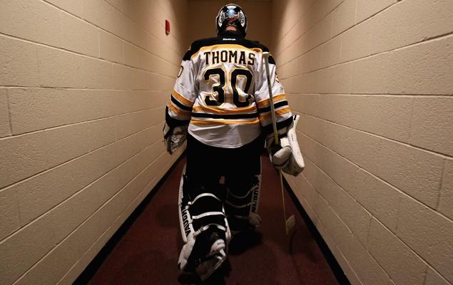 Tim Thomas leaving the ice ... and Boston. #tim #thomas #boston #bruins #goalie #nhl #locker #room