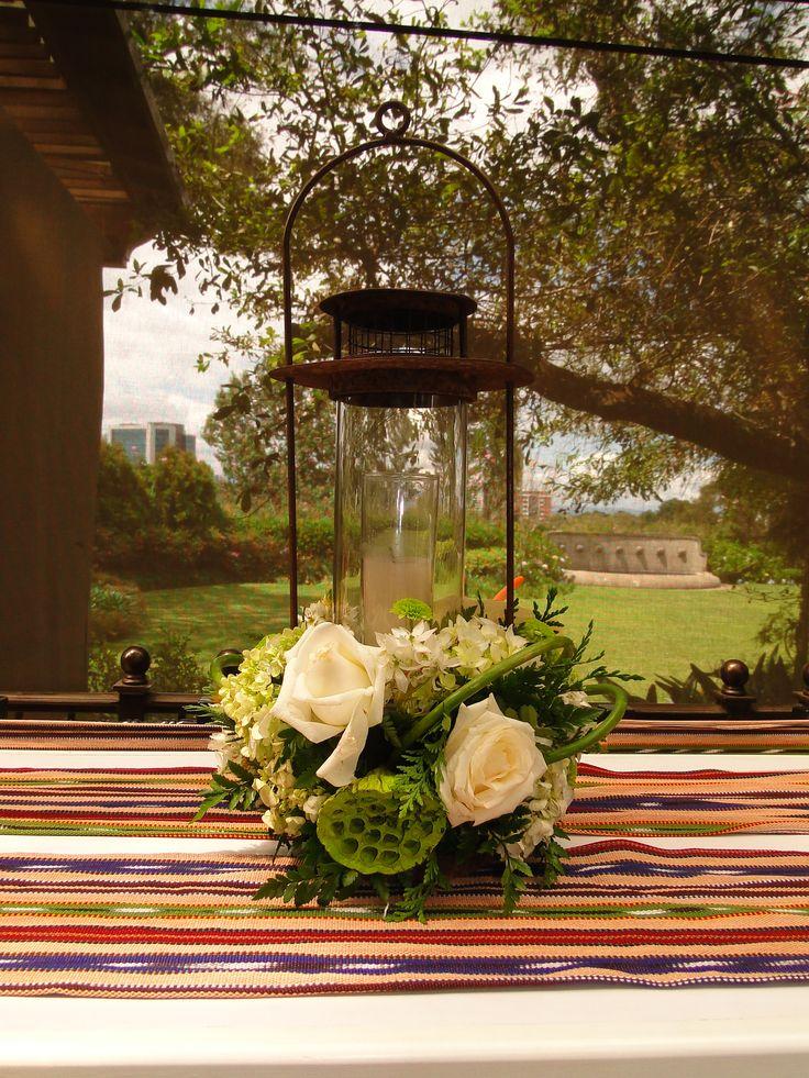 Decorador adolfo cojul n hass decoraci n mesa de - Decorador de jardines ...