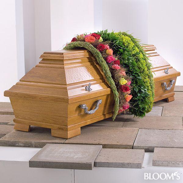 Die 25+ Besten Ideen Zu Grabgestaltung Mustergräber Auf Pinterest ... Grabgestaltung Ideen Blumen Pflanzen Deko