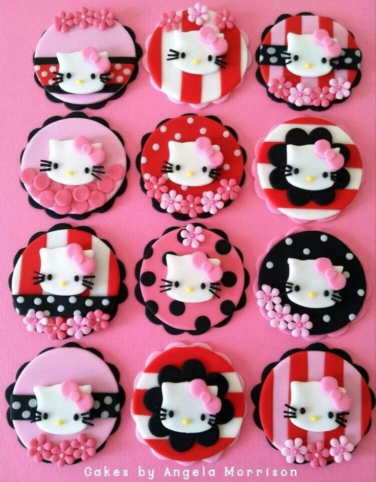 Hello kitty cupcakes!!! a-dorable!!!
