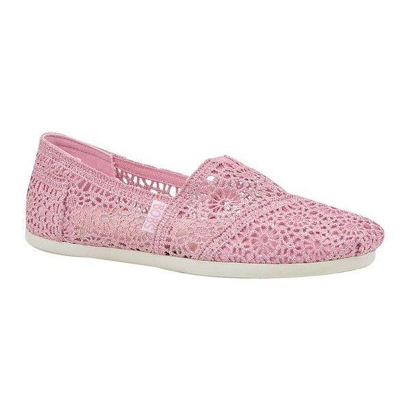 Skechers BOBS CROCHET ($35) ❤ liked on Polyvore featuring shoes, pink, skechers footwear, skechers, crochet shoes, skechers shoes y pink shoes