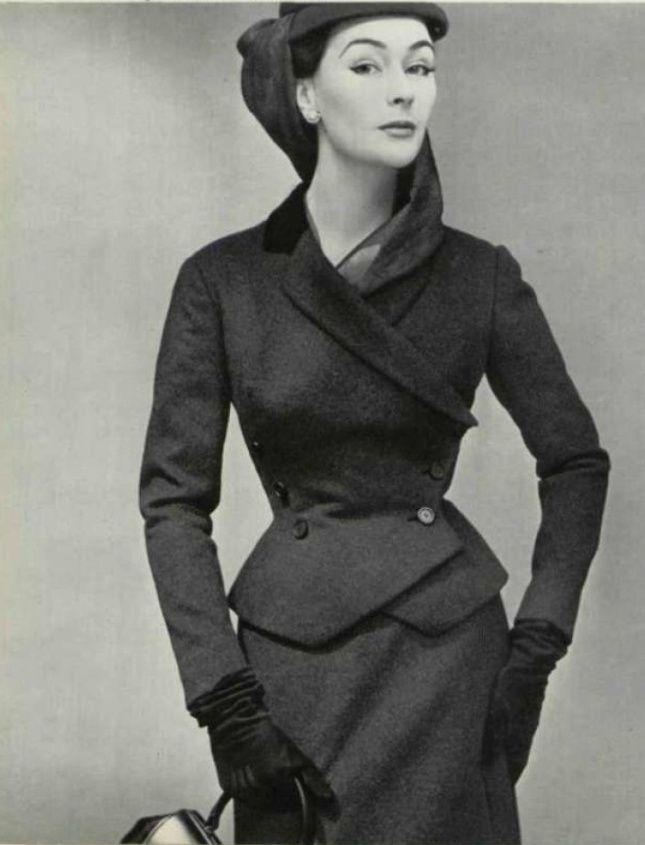 231b3829c5e6 1952 Christian Dior   Vintage Dior   Dior, Christian dior, Fashion