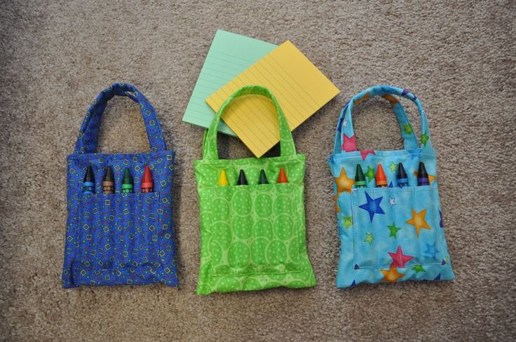Crayon caddy, hold 8 fat crayons and small note pads.