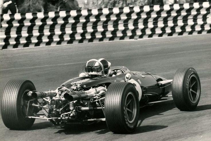 1966 Mexico Grand Prix. Bondurant in the Gurney Eagle Weslake V12 ...