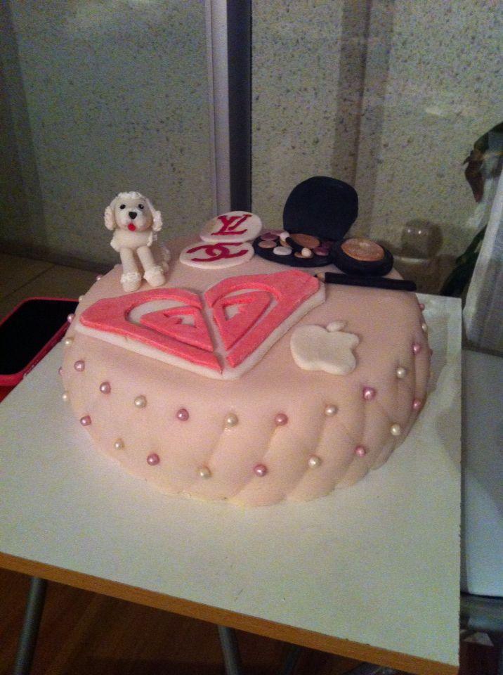 Roxy cake