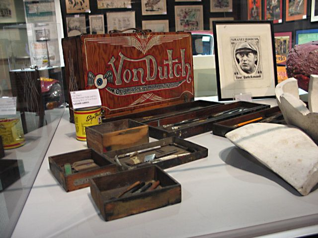 Von Dutch Auction Wooden Paint Box