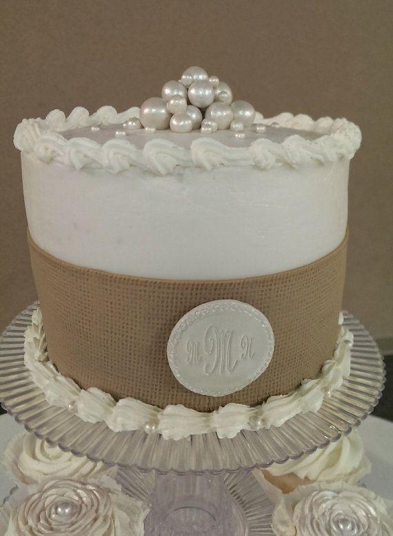 Fondant Edible Pearls- white or ivory wedding cake decoration, bridal?