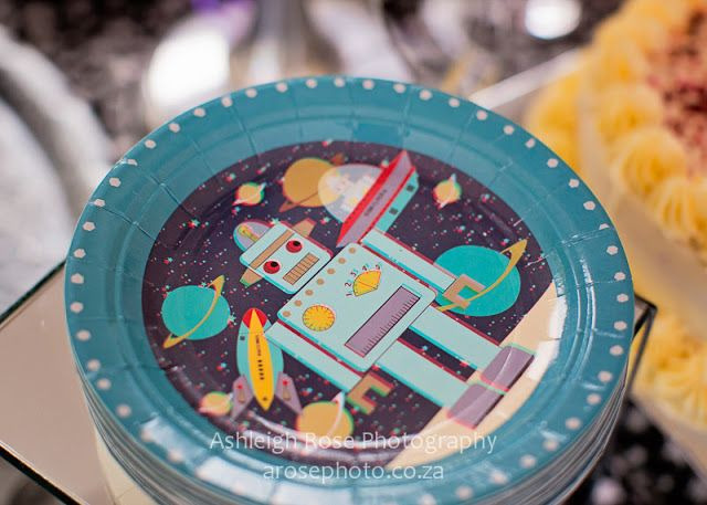 Ashleigh Rose Photography 3D paper plates