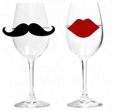 Kieliszek szampana dla Pani i Pana ;)