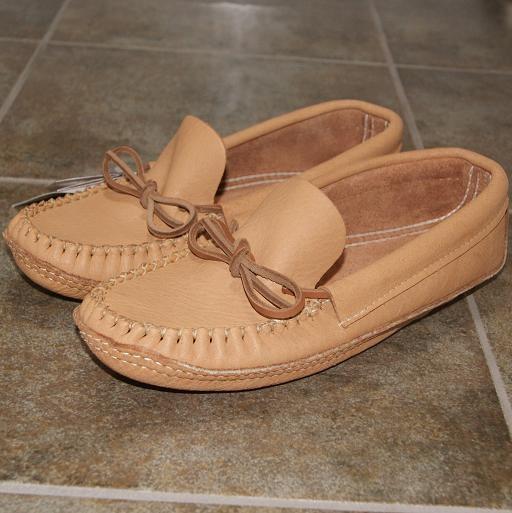 47 Best Men 39 S Moccasins Images On Pinterest Leather Moccasins Sole And Canada