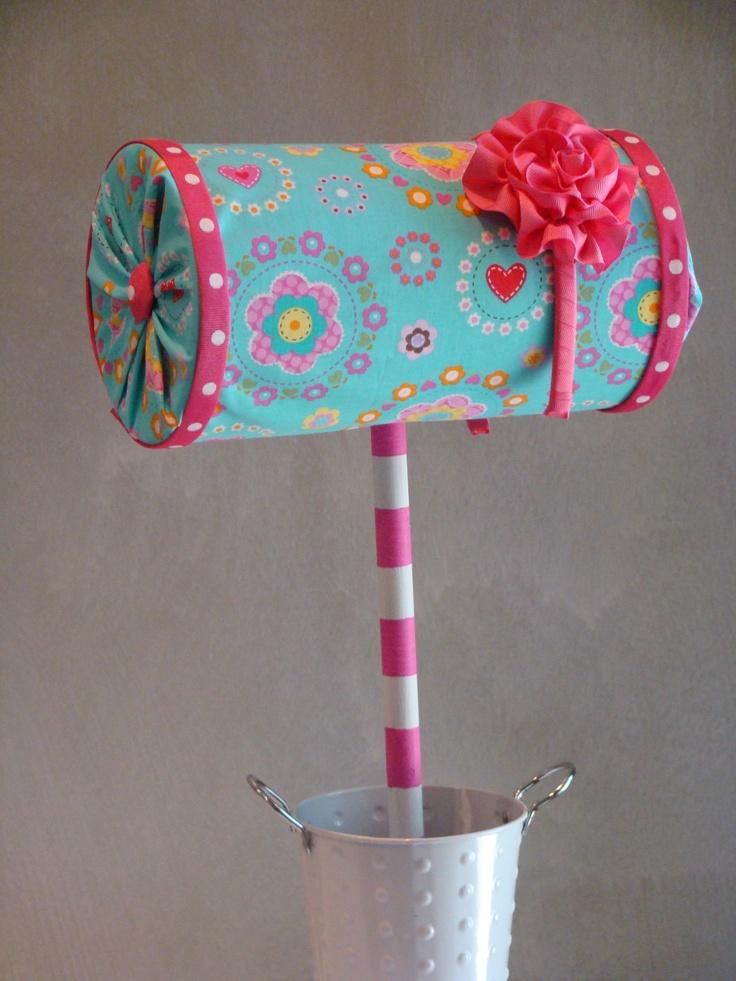 D.I.Y.- Headband tree: Oatmeal container, fabric, ribbon, dowel rod!!