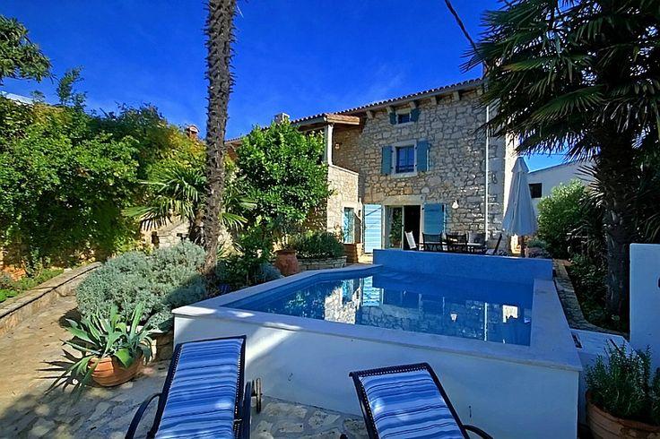Bilder zu Villen mit pool in Kroatien http://www.kroadria.de/detail-Kroatien-Ferienhaus--MILA-ANA-Istrien-Porec-_5659.htm