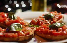 PIOLA, Famosi per la Pizza Arlington or 14th street M-F 4:30-7:30 hh. $4 peroni $5 wine FREE pizza and snacks