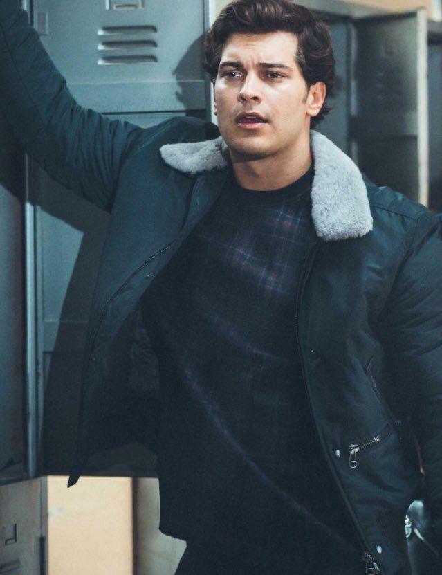 Vogue Türkiye - November 2014 #ÇağatayUlusoy #CagatayUlusoy @cagatayulusoyy