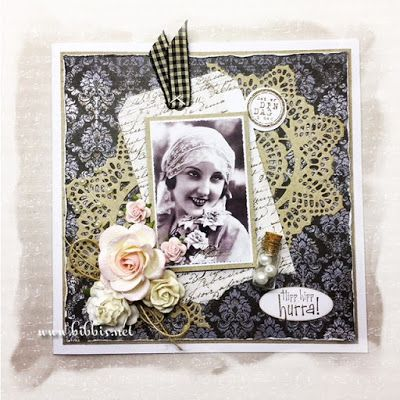 Bursdagskort i fargene, sort, hvit og brun. Vintage bilde fra nettet og mønsterarkene kommer fra Maja Design. Pyntet med bånd, roser, ham...