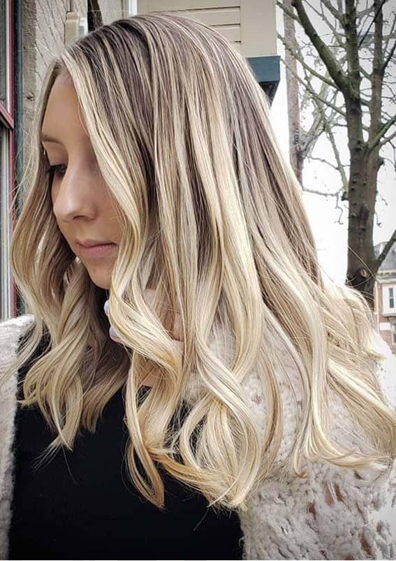Super Pretty Blonde Hair Colors For Long Waves Hair In 2020 Cleverstyling In 2020 Pretty Blonde Hair Blonde Hair Color Long Hair Trends
