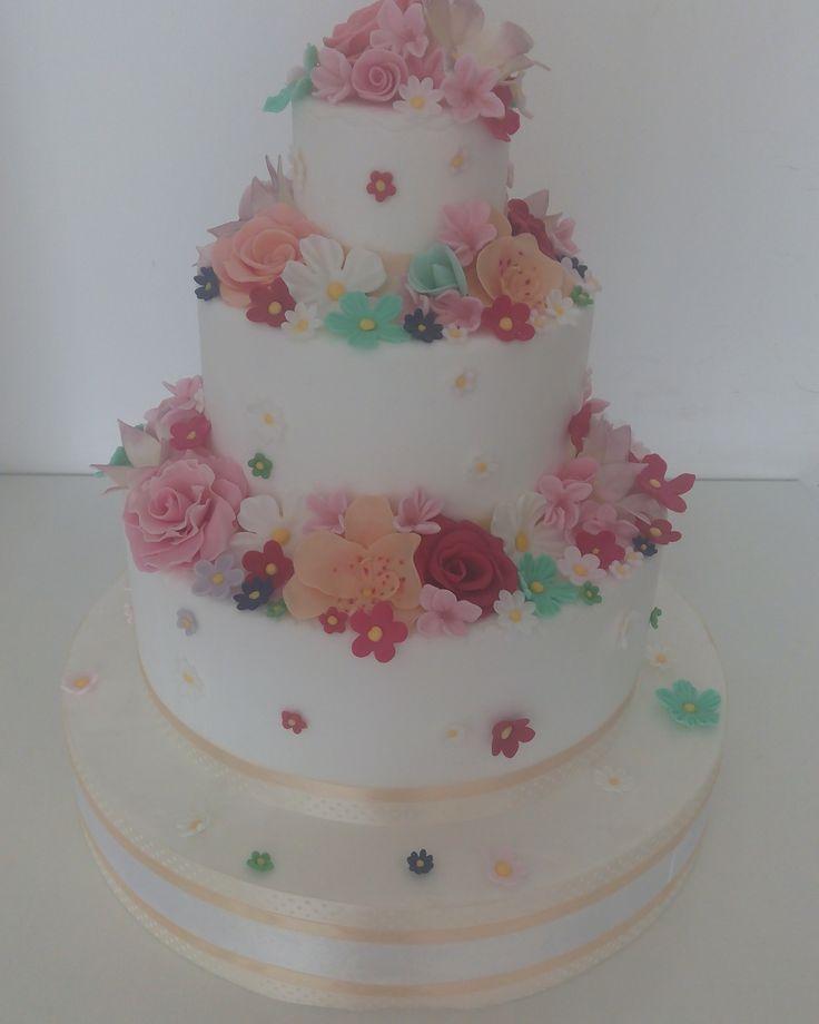 multicolor flowers cake
