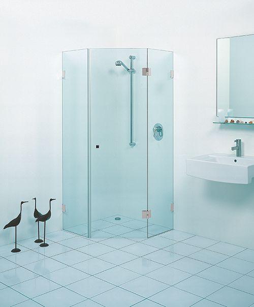 Glazen douchecabine 5-hoek   badkamer inspiratie