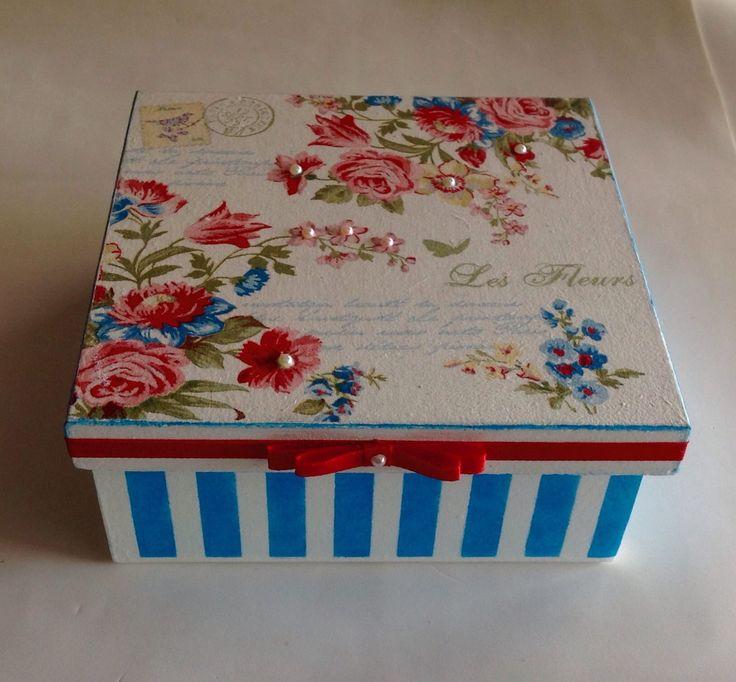Caixa decorada em mdf - Flores / Listras | Atelier Marcia Campos | Elo7