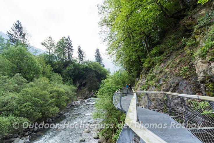 Die Passerschlucht ist ein Naturspektakel im Passeiertal. Eine eindrucksvolle, neue Wanderung in Südtirol von St. Leonhard nach Moos in Passeier erschließt sie.