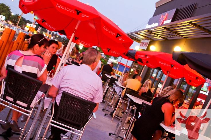 An evening on the terrace @ #Houston Avenue Bar & Grill!
