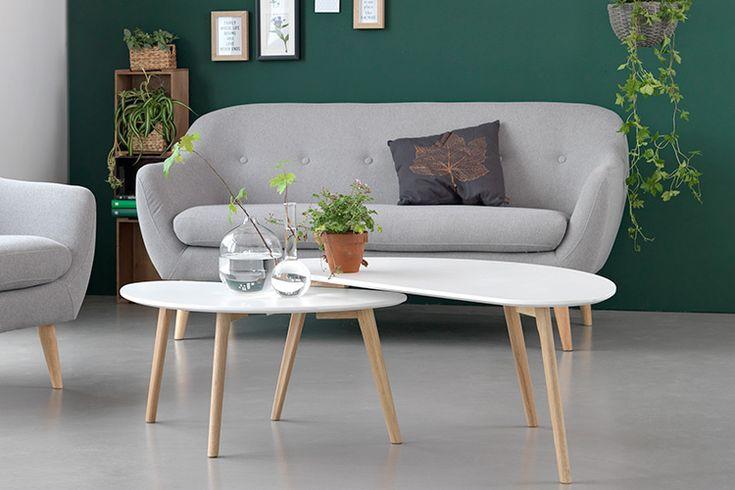 Măsuța de cafea LEJRE pentru o sufragerie în stil retro. Vezi mai multe modele de măsuțe de cafea pe blogul JYSK!