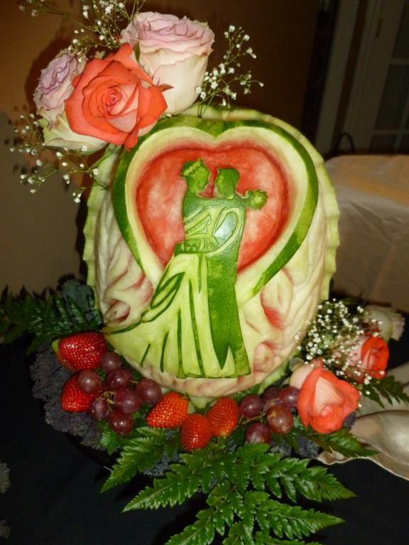 chocolate carvings - Google Search | food art | Fruit ...