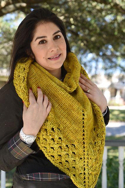 Winter Brunch Shawl by Laura Chau, knitted by safiehcrochet | malabrigo Chunky in Frank Ochre