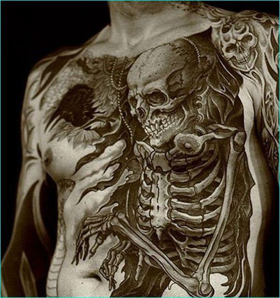 1000 ideas about skeleton tattoos on pinterest tattoos skull tattoos and dinosaur tattoos - Tatouage colonne vertebrale ...