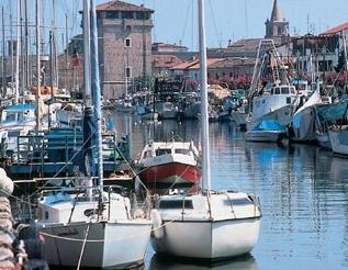 Cervia lies on the #Adriatic coast, which provides fun and relaxation for locals and tourists. This town has also a loto of interesting spots to visit and a great history!  http://smartraveller.it/2014/08/09/cervia-ontherocks