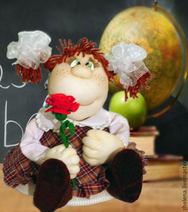 """""""Наташка-первоклашка"""". Кукла-грелка на чайник – купить в интернет-магазине на Ярмарке Мастеров с доставкой"""