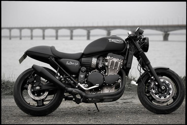 nice Triumph. Blacked out, chunky. A little too cafe-style for my liking but Triumph always has some solid design roots.