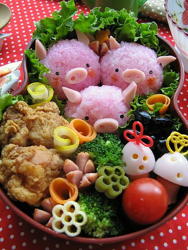 I love bento box fun, and see there may be real chicken (or faux) but it does not need that in here. Veggie dogs could do the trick alone Pink rice...love it all!
