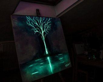Glow-in-the-dark art| Crisco Art