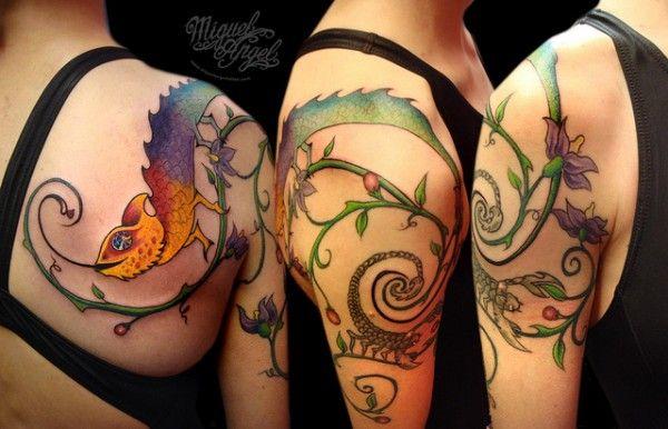 Tatuagem de camaleão