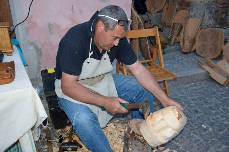 Wood carving, Sardinia