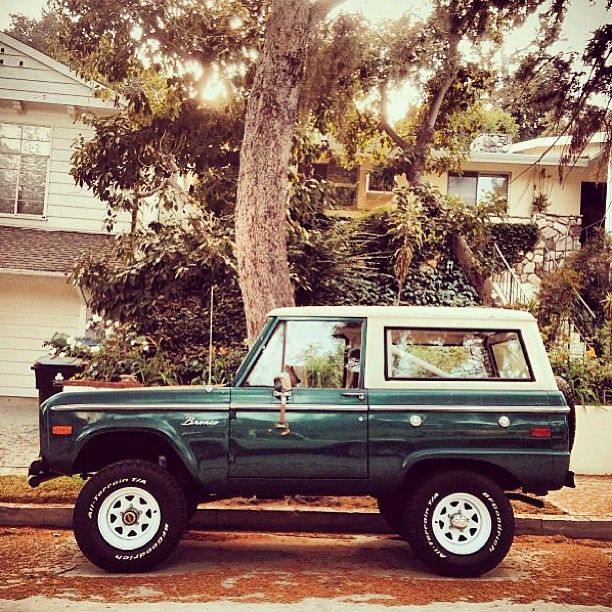 so. good. #classic #bronco